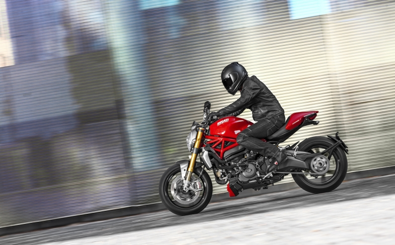 """""""Menzione d'Onore"""" per il Ducati Monster 1200 S al XXIV Compasso d'Oro ADI"""