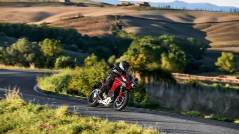 5 proposte di weekend in sella alle Ducati [Immagini e video]