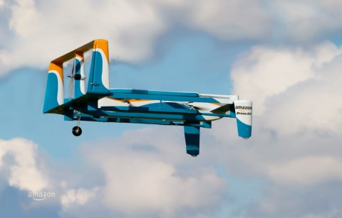 Amazon Prime Air: i droni del colosso USA spiegati da Jeremy Clarkson