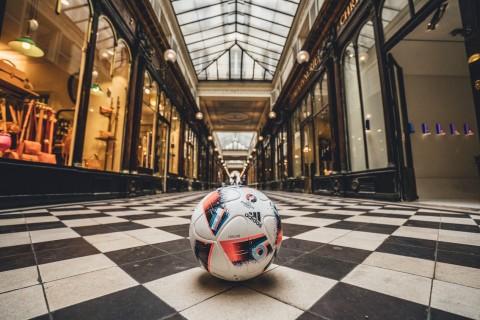 adidas Fracas: il pallone ufficiale della fase a eliminazione diretta di UEFA EURO 2016 [Immagini]