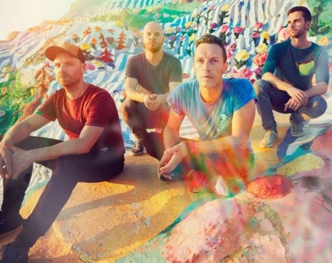 Coldplay, ridiamo per non piangere