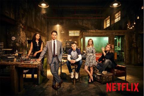 Recensione Travelers: la serie TV sci-fi canadese su Netflix in attesa di rinnovo